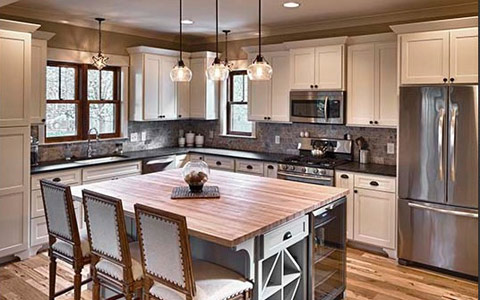 Columbus web design firm's image for home builder enewsletter