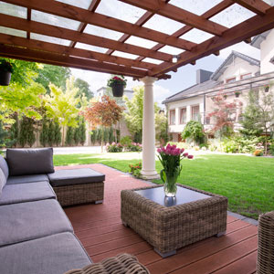 backyard landscaping in Greenscapes website design by Columbus website design firm Sevell